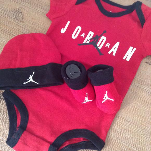 ad62d01cb0d2 Nike Air Jordan Baby 3 Piece Set SZ 0-6 Months New